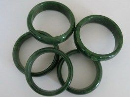 all-nephrite-bangles_a_resize